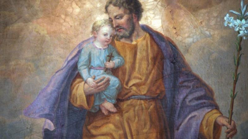 web-saint-joseph-child-shutterstock_52352359-zvonimir-atletic-ai